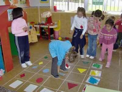 Una clase de matem ticas divertida actividades infantil for Actividades divertidas para el salon de clases