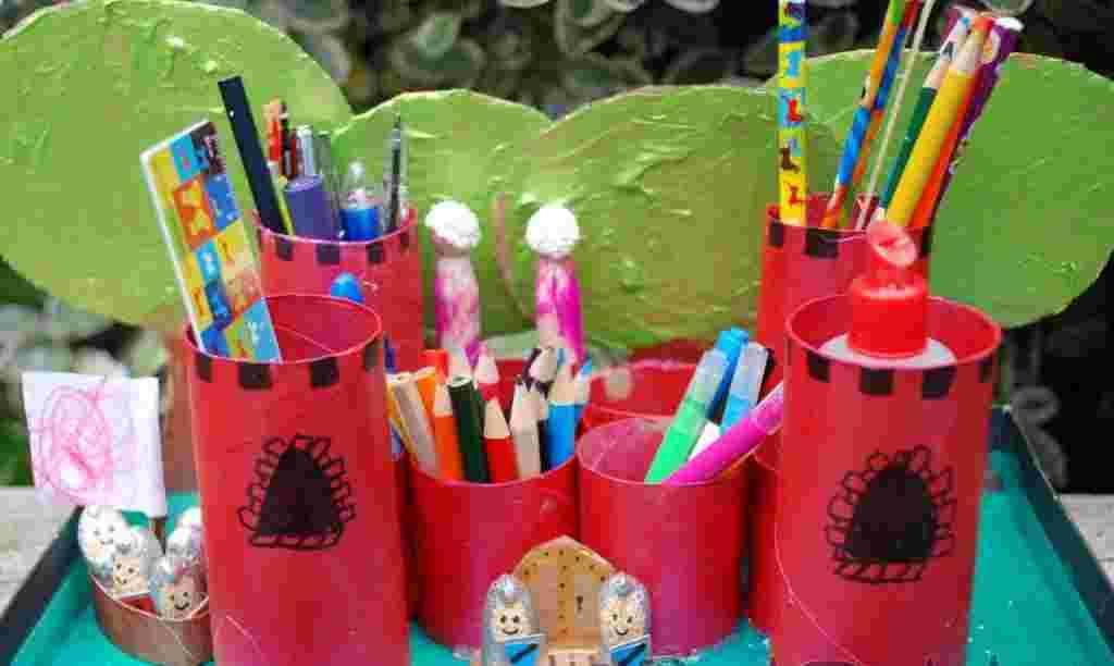 Castillo Organizador De Material Escolar Actividades
