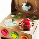 Cómo preparar una cocina de juguete con material reciclado