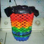 Creamos bonitas decoraciones reciclando tapones de plástico