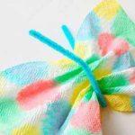 Unas bonitas mariposas de papel y acuarelas caseras