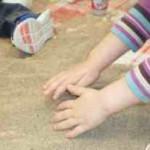Una propuesta para que los peques experimenten y manipulen con arena