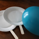 Cómo preparar un juego de ping-pong con material reciclado para los más peques