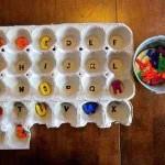 Reciclando y jugando aprendemos las letras