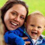 Un simpático juego para trabajar la estimulación precoz del lenguaje con los bebés
