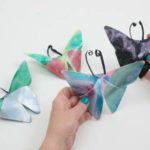 Cómo preparar unas mariposas de cartulina decoradas con témpera