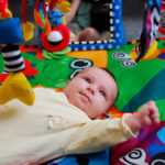 Juegos de estimulación temprana para bebés durante su primer año